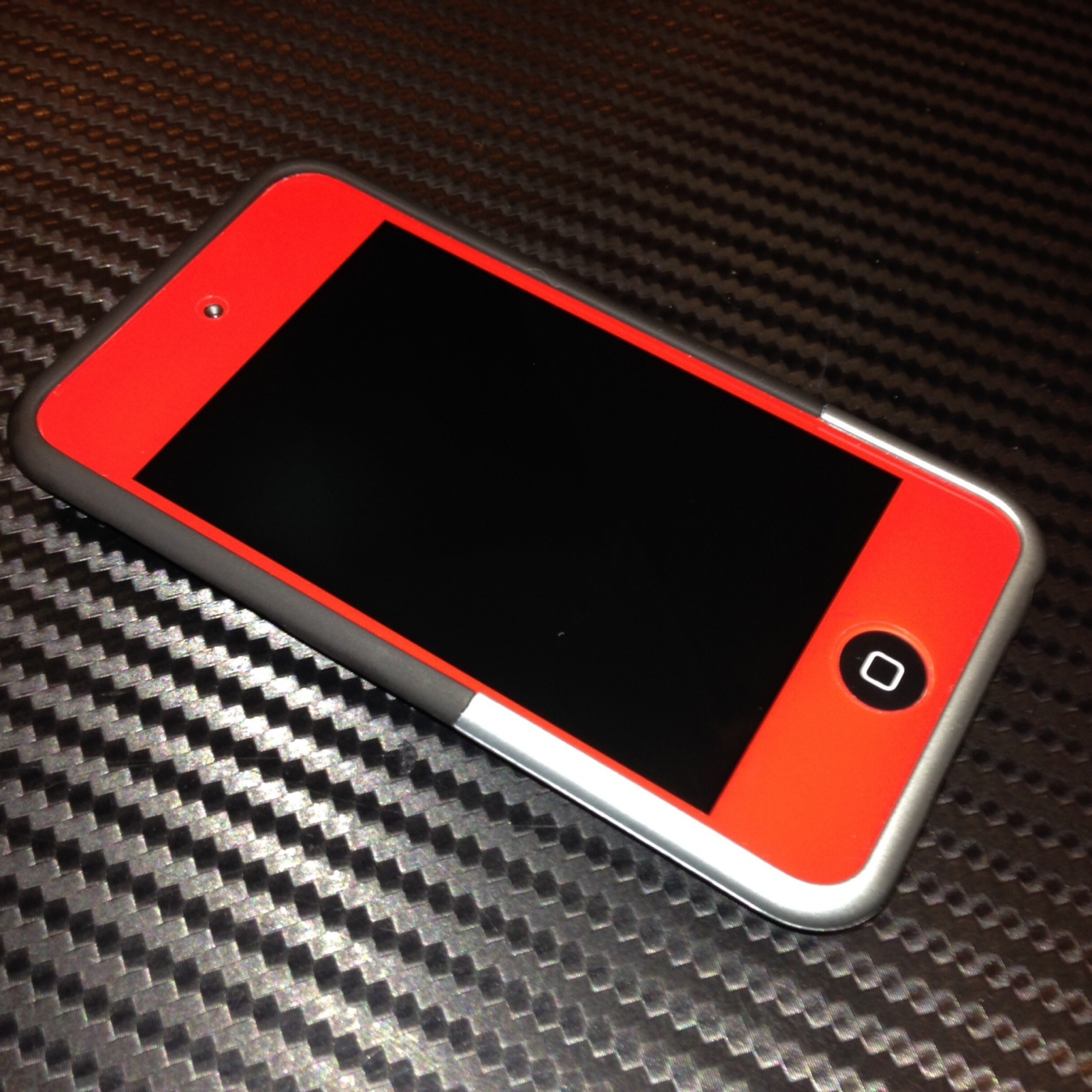 photo custom red ipod touch 4th gen in the album mobile. Black Bedroom Furniture Sets. Home Design Ideas